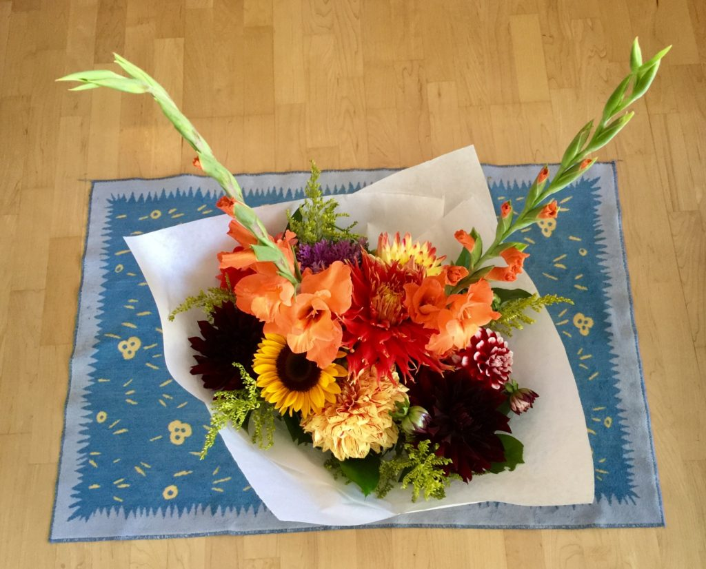 Braiden Blossoms Website Week Thirty-Nine: Fresh Pike Place Market Flowers